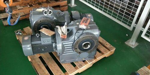 给齿轮减速机换机油应注意的操作方法